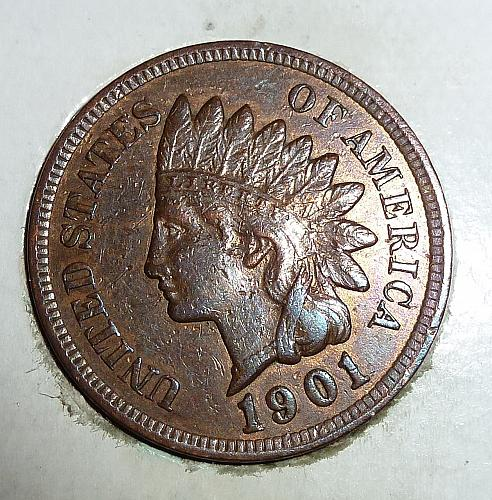 An About Uncirculated 1901 Indian Head Cent.  ( 2030)