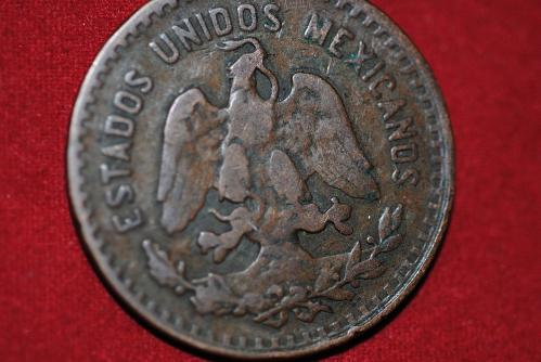 1925 Mo Mexico 5 Centavo coin in very fine