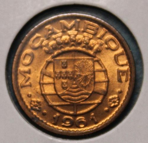 Mozambique 1961 20 centavos