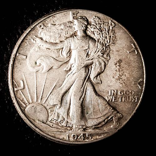 1945 P Walking Liberty Half Dollars AU50
