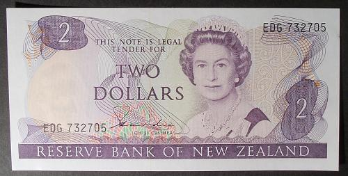 New Zealand P170a 2 Dollars UNC62
