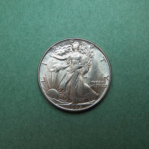 1945 P Walking Liberty Half Dollar AU-BU Coin   s61