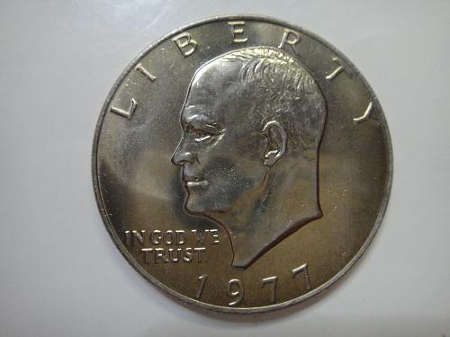 1977 Eisenhower Dollar MS-65 (GEM) Original Light Golden Tone!