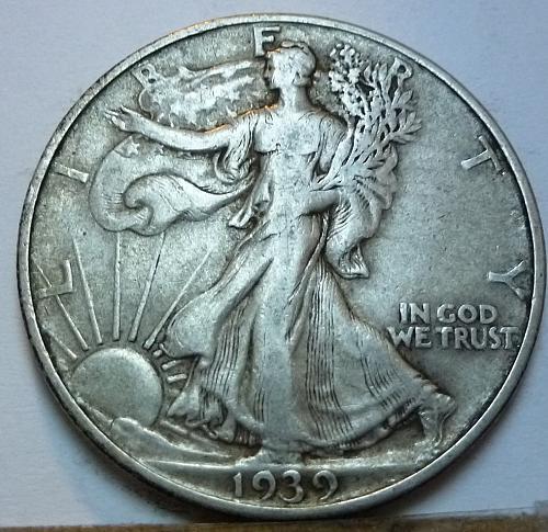 1939-D Walking Liberty Half Dollar in Extra Fine Grade ( 152 )