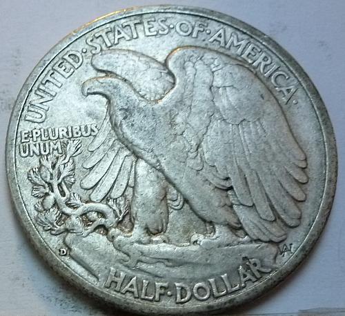 1943-D Walking Liberty Half Dollar in Extra Fine Grade ( 163 )