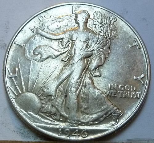 1946-P Walking Liberty Half Dollar in About Uncirculated Grade ( 171 )