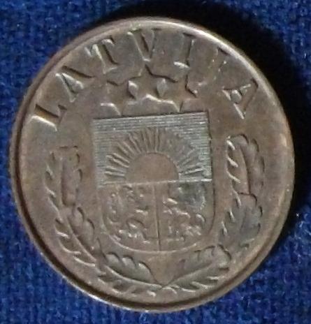 1939 Latvia 2 Santimi AU #2