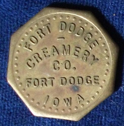 Ft. Dodge Creamery Co., Ft. Dodge, Iowa, Good for One Quart Homogenized Milk