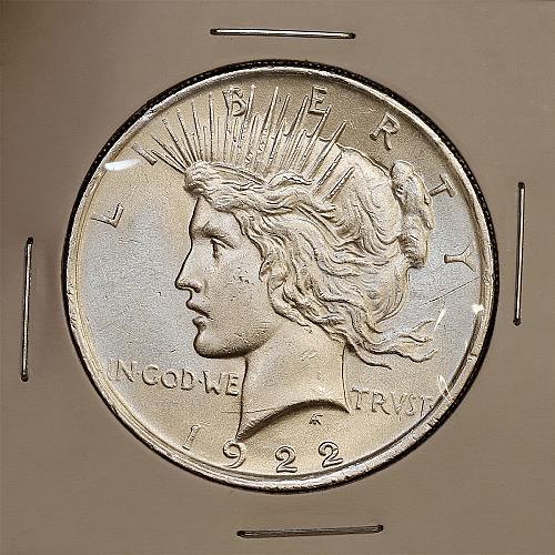 1922 Peace Silver Dollar - Gem BU / MS / UNC