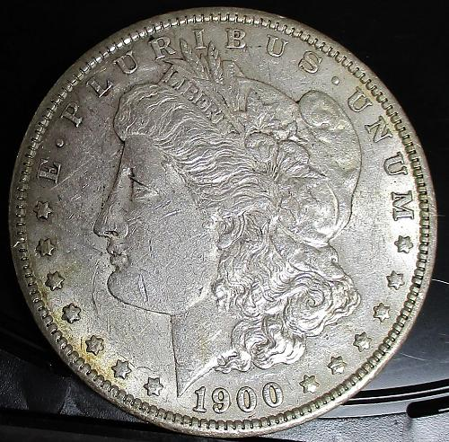 1900-P MORGAN SILVER DOLLAR