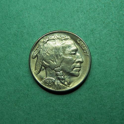 1937 S Buffalo Nickel BU Coin   t67