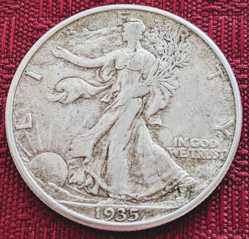 1935D XF/AU WALKING LIBERTY HALF DOLLAR.