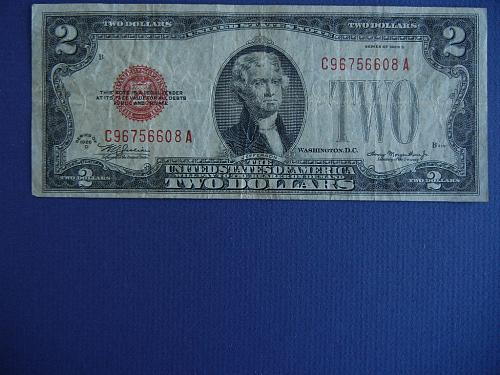 1928-D RED SEAL US NOTE-STRONG CONDITION FREE SHIP  #9917