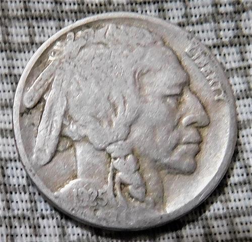 1925 S Buffalo//Indian Head Nickel