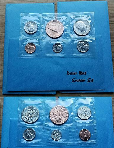 1986 D Denver MINT-ISSUED OFFICIAL SOUVENIR SET w/ MEDALLION fresh envelope