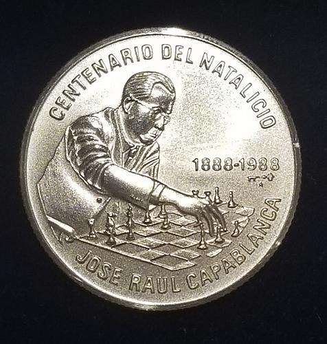 1988 Cuba 5 Pesos  Capablanca  playing chess Silver