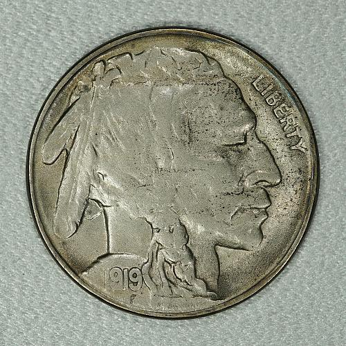1919-S Choice XF-AU Buffalo Nickel, very hard to find with this much detail