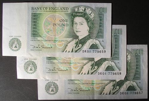 Great Britain P377b Pound VF 3 Consecutive Notes