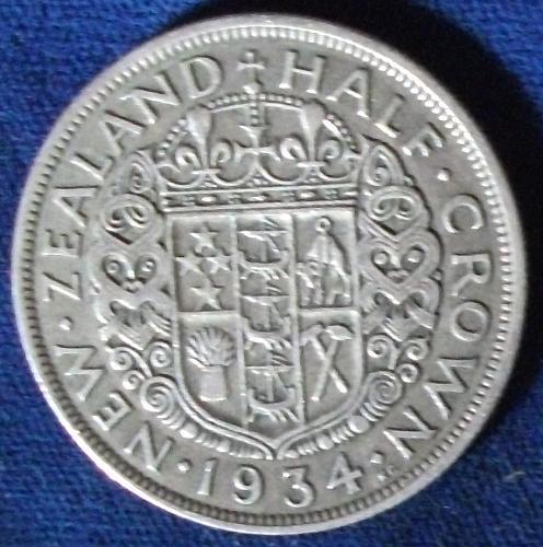 1934 New Zealand 1/2 Crown VF