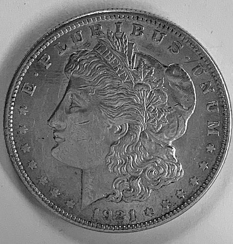 1921 P Morgan Dollar  Extremely Fine M1221