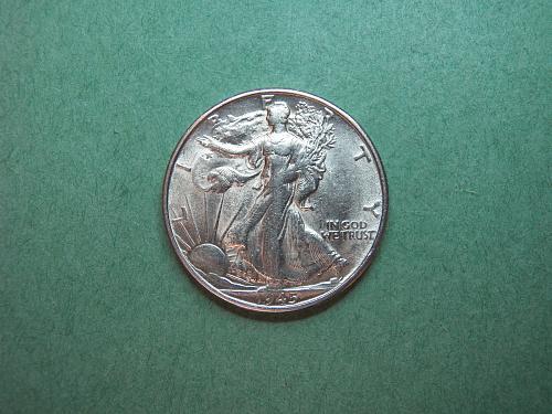1945 S Walking Liberty Half Dollar XF Coin   u31