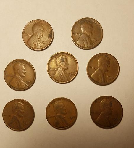 8 - 1933 D Lincoln Wheat Cents