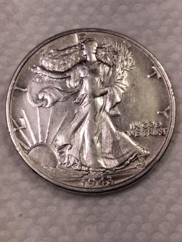 1943 High grade Walking Liberty half dollar : mint luster!
