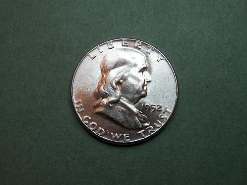 1952 P Franklin Half Dollar  BU Coin   v36