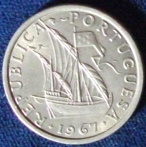 1967 Portugal 5 Escudos UNC