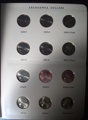 2000-8 Sacagawea Dolar Set in Dansco Album