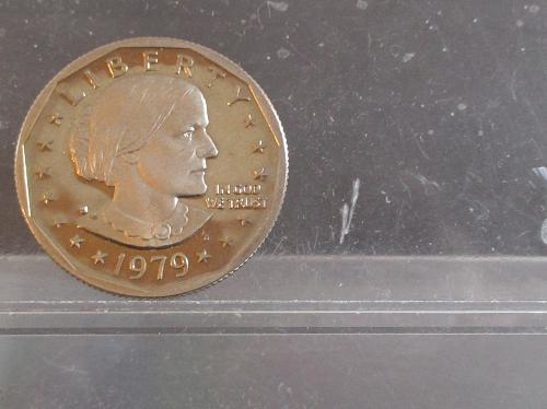 1979 S Susan B Anthony Dollars: Type 2 - Clear S - Proof