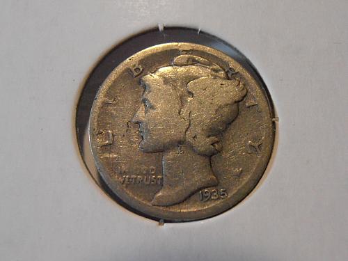 1935 S Mercury Silver Dime,  (35SA2)