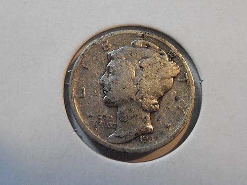1937 P Mercury Silver Dime (37PLR1)