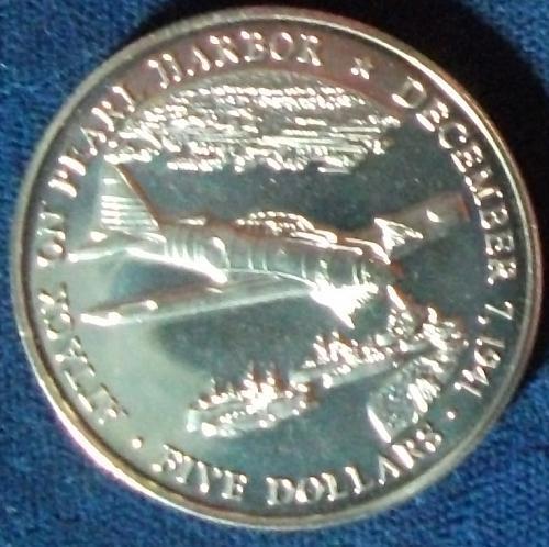 2000 Liberia 5 Dollars BU Pearl Harbor #8