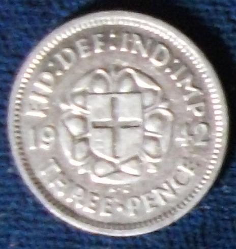 1942 Great Britain Threepence VF