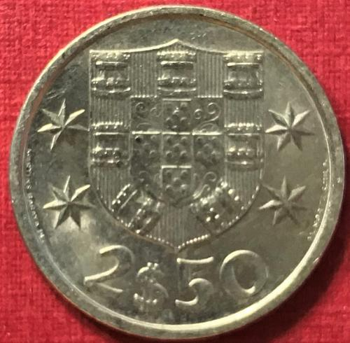 Portugal 1984 - 2 1/2 Escudos [#1]