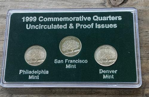 1999 PDS 3 Connecticut quarter set / uncirculated and proof issues