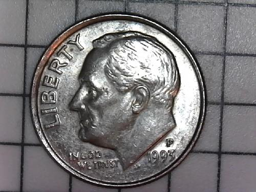 1993 p off centered on the obverse of coin