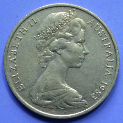 Australia 5 & 10 Cents 2 pcs 1983 QEII km 64 & 65