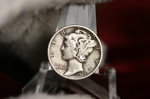 1939 P  Mercury Dime 90 % Silver