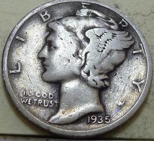 1935-D VERY FINE  Mercury Dime  VF ( A-144 )