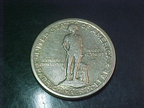 1925 LEXINGTON CONCORD COMMEMORATIVE HALF DOLLAR     aa29
