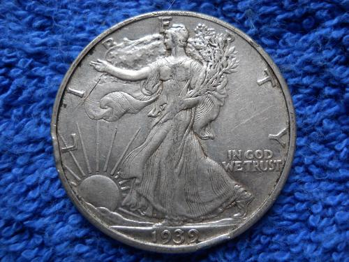 1939 (P) Walking Liberty Half Dollar.  Extremely Fine 45 Details.  WL#29