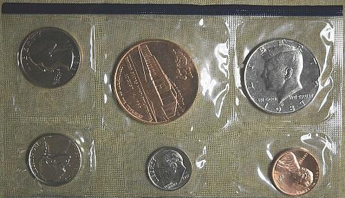 1987 UNCIRCULATED PHILADELPHIA MINT SOUVENIR SET W/ ORIGINAL ENVELOPE