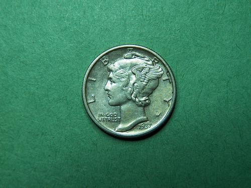 1937 S Mercury Dime Almost Uncirculated Coin   x11