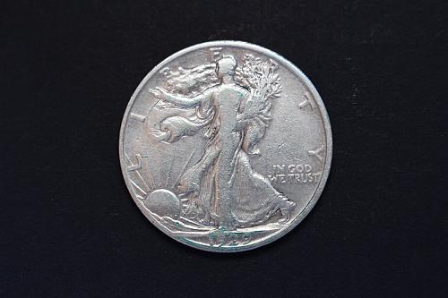 1929-D Walking Liberty Half Dollar Circulated
