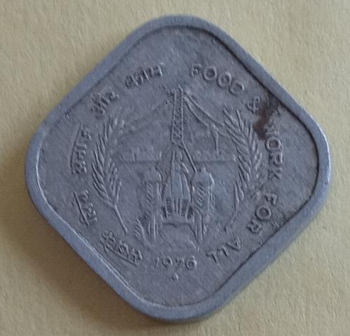 8)...  India .1976....coin
