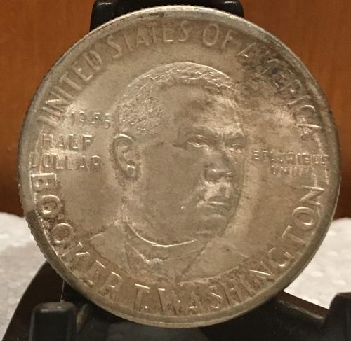 1946-D Booker T. Washington, Silver Commemorative Half Dollar.