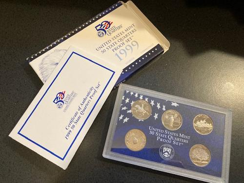 1999 Proof Quarter Set. (5) Quarters. Complete Packaging.