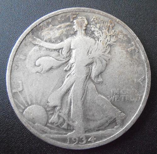 1934 P Walking Liberty Silver Half Dollar, (34PUE4)
